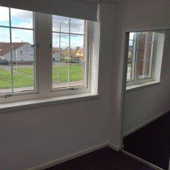 Апартаменты Glasgow Airport Apartments Пейсли комната для гостей