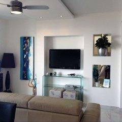 Апартаменты Luxury Seafront Apartment With Pool Каура комната для гостей фото 4