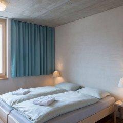 Отель Youth Hostel Gstaad Saanenland Швейцария, Гштад - отзывы, цены и фото номеров - забронировать отель Youth Hostel Gstaad Saanenland онлайн комната для гостей фото 2