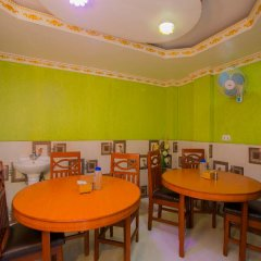 Отель OYO 222 Hotel New Himalayan Непал, Катманду - отзывы, цены и фото номеров - забронировать отель OYO 222 Hotel New Himalayan онлайн питание фото 2