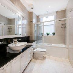 Отель Stay At Mine - Gloucester Mansions ванная