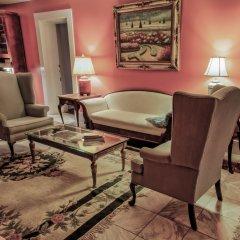 Отель Duff Green Mansion развлечения