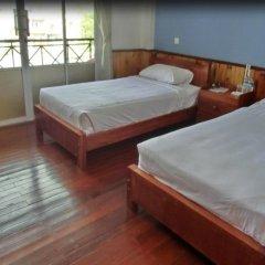 Yar Pyae Hotel сейф в номере