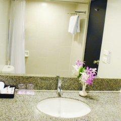 Ambassador Bangkok Hotel Бангкок ванная