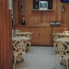 Отель Pensao Residencial Flor dos Cavaleiros Португалия, Лиссабон - 6 отзывов об отеле, цены и фото номеров - забронировать отель Pensao Residencial Flor dos Cavaleiros онлайн с домашними животными