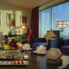 The H Hotel, Dubai в номере
