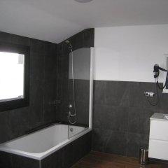 Отель Suites A Coruña ванная фото 2