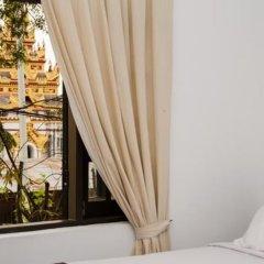 The Manor Hotel балкон