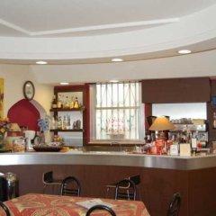 Отель CROSAL Римини гостиничный бар