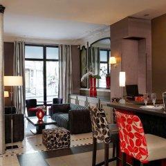 Отель Eiffel Seine Париж гостиничный бар
