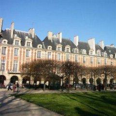 Отель Vacation Rental Marais 3 Париж вид на фасад