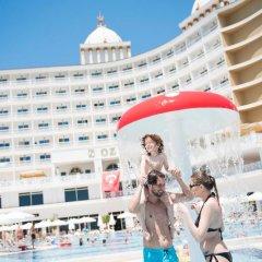 Oz Hotels SUI Турция, Аланья - 1 отзыв об отеле, цены и фото номеров - забронировать отель Oz Hotels SUI - All Inclusive онлайн спортивное сооружение