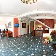 Отель Nguyen Hung Hotel Вьетнам, Далат - отзывы, цены и фото номеров - забронировать отель Nguyen Hung Hotel онлайн интерьер отеля