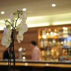 Отель Art Boutique Monopol Швейцария, Санкт-Мориц - отзывы, цены и фото номеров - забронировать отель Art Boutique Monopol онлайн гостиничный бар