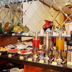 Отель Hanoi Golden Charm Hotel Вьетнам, Ханой - отзывы, цены и фото номеров - забронировать отель Hanoi Golden Charm Hotel онлайн питание фото 3