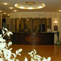 Candan Beach Hotel Мармарис интерьер отеля