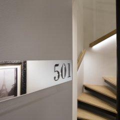 Отель Lumen Paris Louvre Франция, Париж - 10 отзывов об отеле, цены и фото номеров - забронировать отель Lumen Paris Louvre онлайн сейф в номере