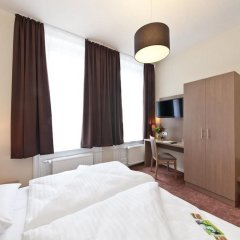 Отель Centrum Hotel Aachener Hof Германия, Гамбург - 2 отзыва об отеле, цены и фото номеров - забронировать отель Centrum Hotel Aachener Hof онлайн комната для гостей фото 2