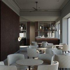 Отель H10 Palacio Colomera гостиничный бар