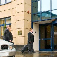 Отель Macdonald Holyrood Эдинбург парковка