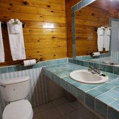 Отель Mangos Boutique Beach Resort ванная