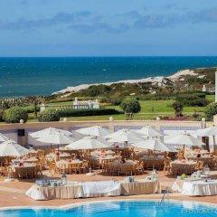 Отель Luxury Townhouse in Praia D'El Rey бассейн
