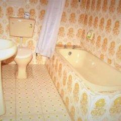 Отель EEMJM Hotels and Suites Limited ванная