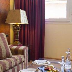 Отель Reina Cristina в номере фото 2
