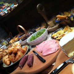 Отель Lo Teisson Bed And Breakfast Поллейн питание фото 2