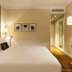 Отель Warwick Geneva комната для гостей
