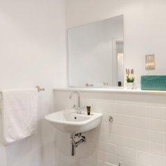 Отель Roomspace Apartments -Groveland Court Великобритания, Лондон - отзывы, цены и фото номеров - забронировать отель Roomspace Apartments -Groveland Court онлайн ванная фото 2
