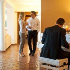 Hotel Lambrechtshof Аппиано-сулла-Страда-дель-Вино интерьер отеля фото 2