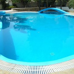 Отель Ira Studios Греция, Остров Санторини - отзывы, цены и фото номеров - забронировать отель Ira Studios онлайн бассейн фото 3