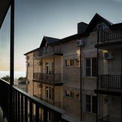 Гостиница Luxury House в Анапе отзывы, цены и фото номеров - забронировать гостиницу Luxury House онлайн Анапа балкон