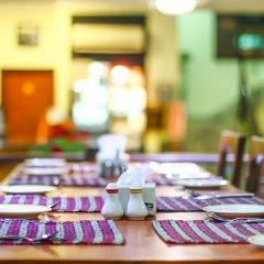 Отель Samsara Resort Непал, Катманду - отзывы, цены и фото номеров - забронировать отель Samsara Resort онлайн питание фото 3