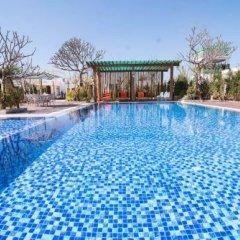 Отель Royal Airstrip Hotel Мьянма, Хехо - отзывы, цены и фото номеров - забронировать отель Royal Airstrip Hotel онлайн бассейн фото 3