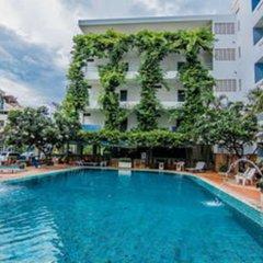 Отель Sutus Court 1 Паттайя бассейн фото 3