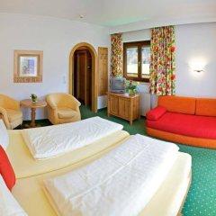 Отель Aparthotel Bergland Австрия, Зёлль - отзывы, цены и фото номеров - забронировать отель Aparthotel Bergland онлайн комната для гостей фото 2