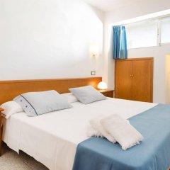 Апартаменты Magalluf Strip Apartment комната для гостей