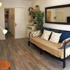 Отель Cozy & beautiful flat in great location Лиссабон комната для гостей фото 5