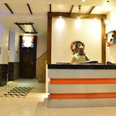 Отель Amax Inn Индия, Нью-Дели - отзывы, цены и фото номеров - забронировать отель Amax Inn онлайн интерьер отеля фото 2