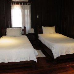 Отель Villa Lao Wooden House комната для гостей