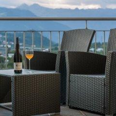 Отель Ferienwohnungen Gamper Лана балкон