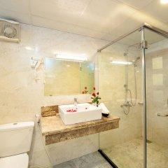Отель Palm Beach Hotel Вьетнам, Нячанг - 1 отзыв об отеле, цены и фото номеров - забронировать отель Palm Beach Hotel онлайн ванная