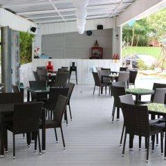 Отель I-Talay Resort питание