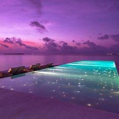 Отель Heritance Aarah (Premium All Inclusive) Мальдивы, Медупару - отзывы, цены и фото номеров - забронировать отель Heritance Aarah (Premium All Inclusive) онлайн бассейн