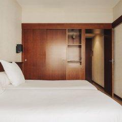 Hotel Derby Barcelona сейф в номере
