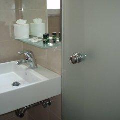 Отель Nafsika Hotel Греция, Родос - отзывы, цены и фото номеров - забронировать отель Nafsika Hotel онлайн ванная