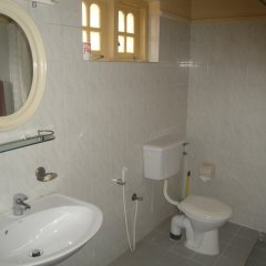 Отель Paradise Holiday Village Шри-Ланка, Негомбо - отзывы, цены и фото номеров - забронировать отель Paradise Holiday Village онлайн ванная