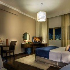 First Central Hotel Suites комната для гостей
